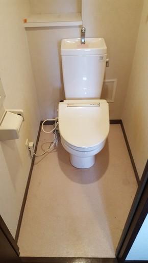 マンション一室リフォーム(トイレ・洗面台編)|佐賀県鳥栖市在住のお客様のビフォー画像
