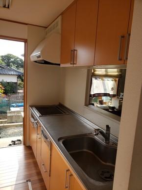 キッチンと横収納間取り変更リフォーム|遠賀郡岡垣町在住のお客様のビフォー画像