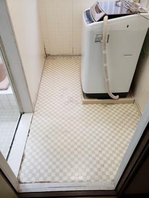 洗面台を取り外し脱衣所を広げるリフォーム|粕屋郡須恵町在住のお客様のビフォー画像