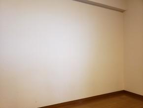 リビングと寝室の壁をエコカラットにリフォーム|福岡市博多区在住のお客様のビフォー画像