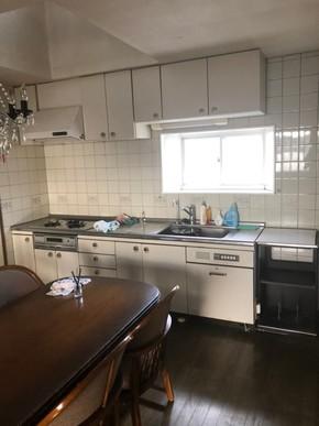 キッチン交換クロス張替えリフォーム|福岡県小郡市在住のお客様のビフォー画像