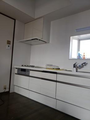 キッチン交換クロス張替えリフォーム|福岡県小郡市在住のお客様のアフター画像