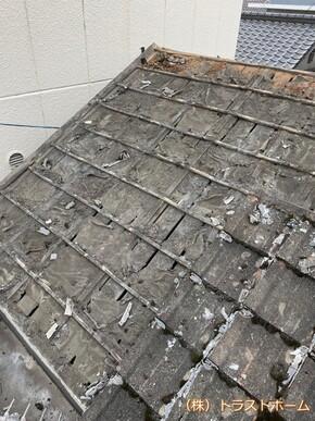 福岡県北九州市店舗の雨漏りでお悩みの瓦屋根をリフォームしました!のビフォー画像