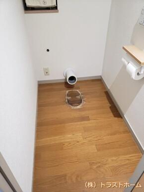 福岡市南区でトイレ床やお風呂内のリフォームをご依頼いただきました♪のビフォー画像